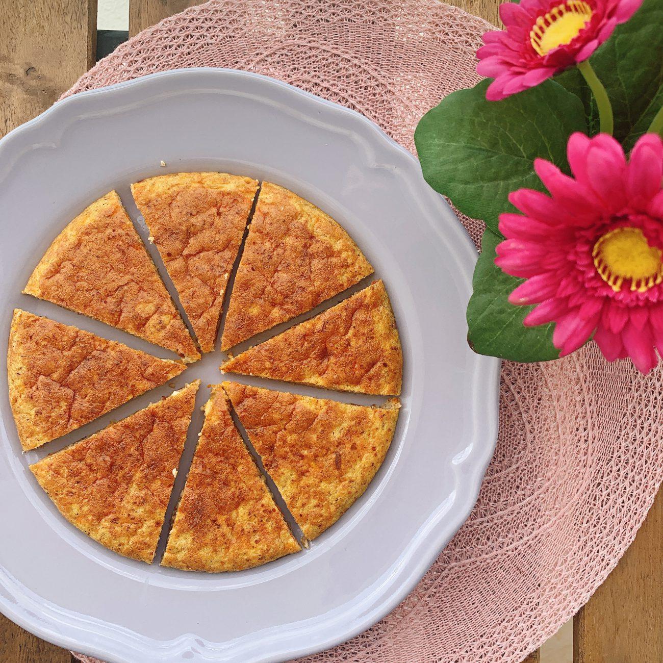 کیک هویج و بادام مهتاب