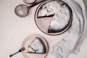 پخت کیک در قابلمه